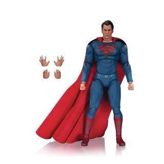 DC Films Superman prémium figura AJÁNDÉKTÁRGY