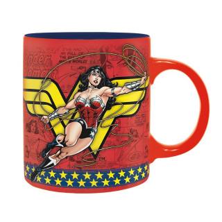 DC COMICS - Bögre - 320 ml - Wonder Woman Action  AJÁNDÉKTÁRGY