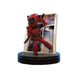 MARVEL - Q-Fig Deadpool Diorama 4D AJÁNDÉKTÁRGY